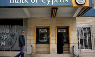 Klienti Bank of Cyprus přijdou o 47,5% u vkladů nad 100 tisíc eur